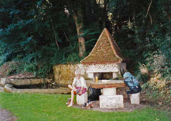 Walking in France: Boots off at the pilgrim's rest, Larreule