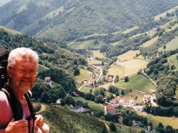 Walking in France: Above Esterençuby