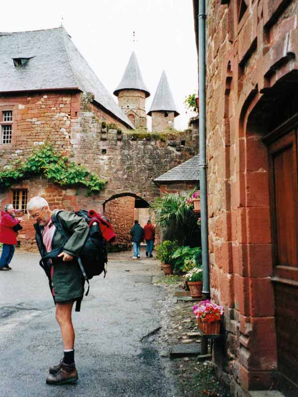 Walking in France: A rainy arrival in Collonges-la-Rouge