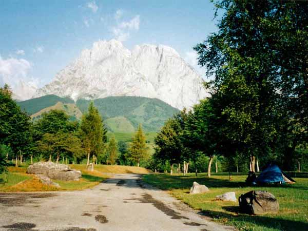 Walking in France: From the camping ground, our one fleeting view of the Pic d'Anie and the Cirque of Lescun