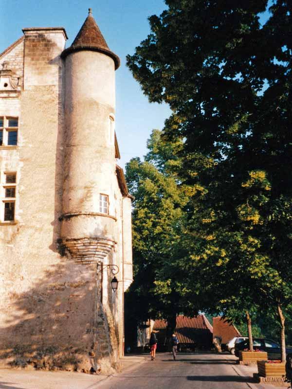 Walking in France: Leaving Carennac