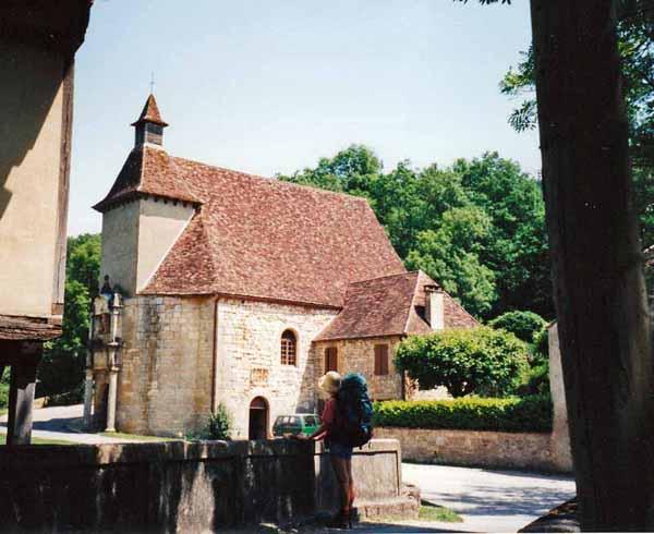 Walking in France: Chapel of Notre Dame des Neiges, Gourdon