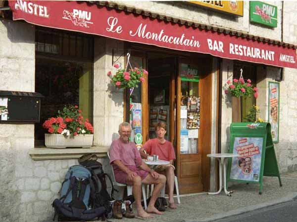 Walking in France: Morning coffee in Montaigu de Quercy