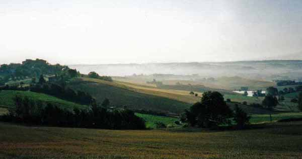 Walking in France: Early morning mist near Saint-Antoine