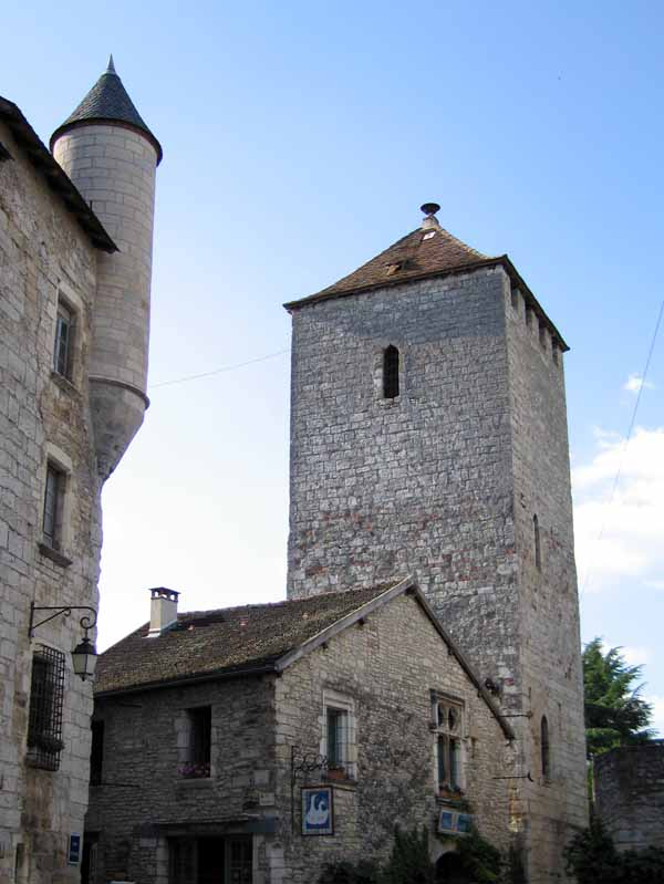 Walking in France: One of the seven towers of Martel