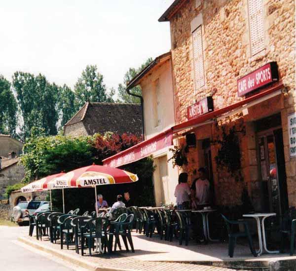 Walking in France: The wonderful bar at le Vigan