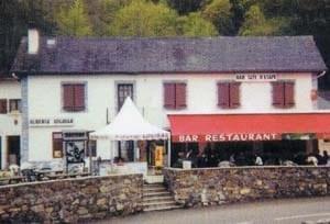 Walking in France: Logibar bar, restaurant and gîte