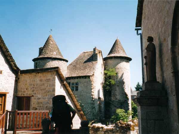Walking in France: Sénergues