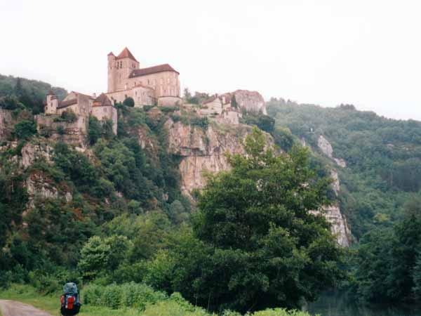 Walking in France: Leaving Saint-Cirq-Lapopie