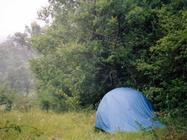 Walking in France: Camping sauvage, Rougon