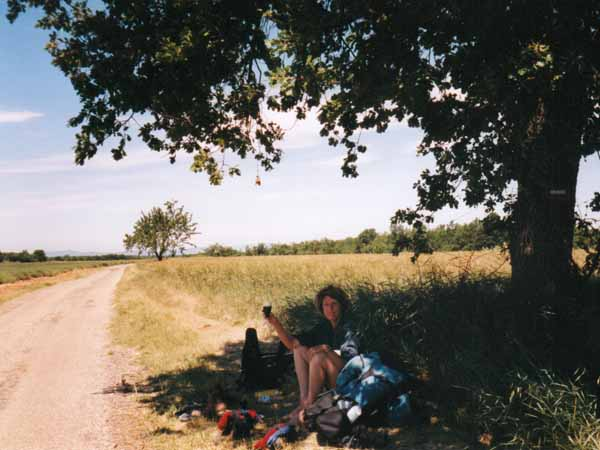 Walking in France: A very hot lunch