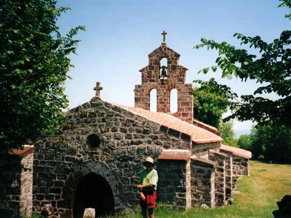 Walking in France: Chapel of Saint-Roche, formerly Saint-Bonnet
