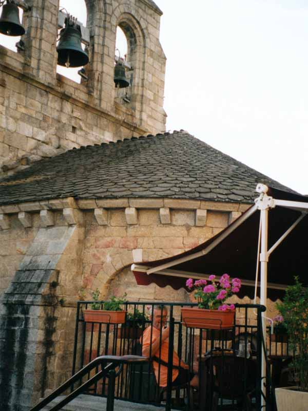 Walking in France: Dinner below the bell-tower, Saint-Alban-sur-Limagnole