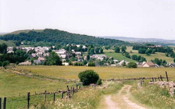 Walking in France: Approaching Nasbinals