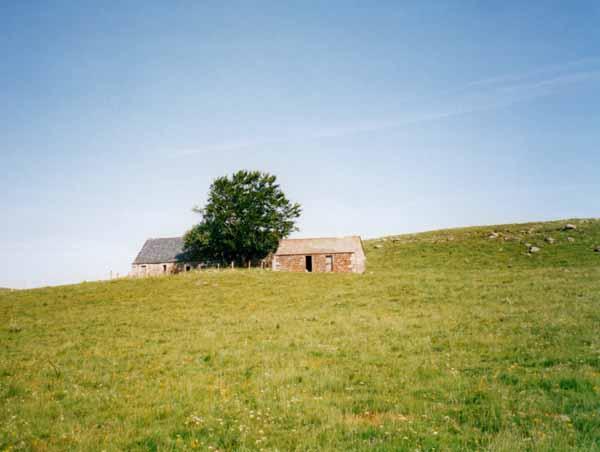 Walking in France: Shepherd's hut in the Aubrac