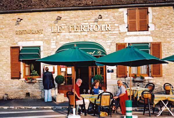 Walking in France: Dinner in Santenay