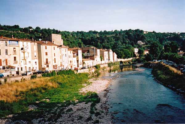 Walking in France: The Orb river at Bédarieux