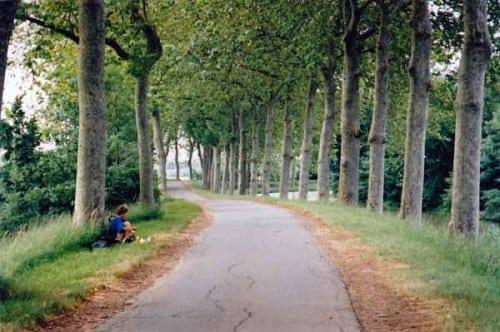 Walking in France: Lunch beside the Canal du Midi
