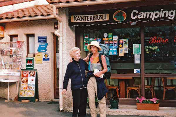 Walking in France: A fond farewell after our free breakfast at Goudet