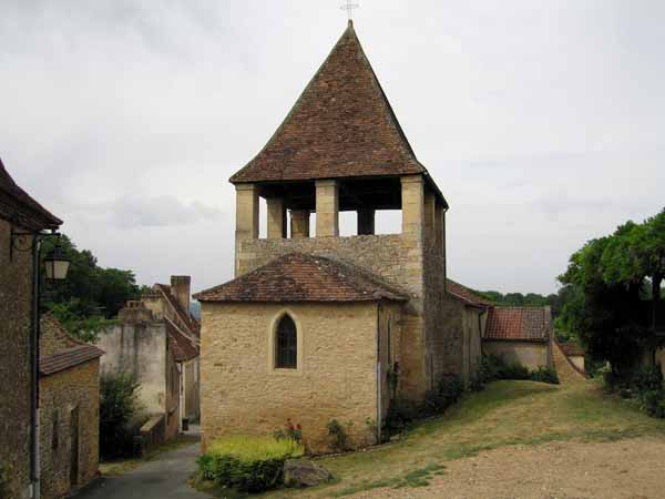 Walking in France: Church in Limeuil