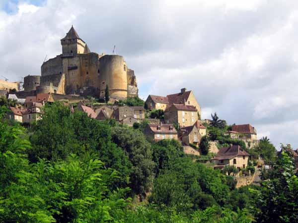 Walking in France: Castelnaud