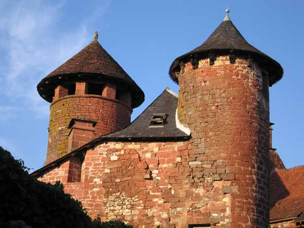 Walking in France: Characteristic red stone of Collonges-la-Rouge