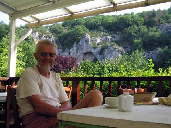 Walking in France: Coffee at Bouziès