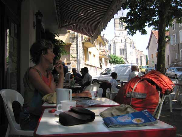 Walking in France: A coffee in Limogne-en-Quercy