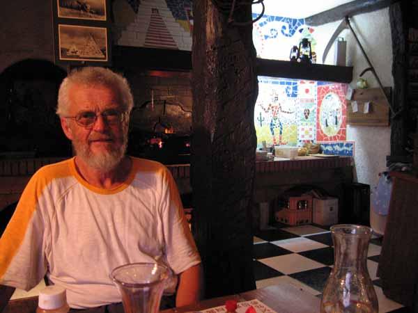 Walking in France: Enjoying the Yankee Grill, Revel