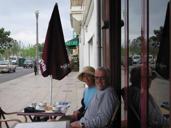 Walking in France: Enjoying the comforts of Châtellerault
