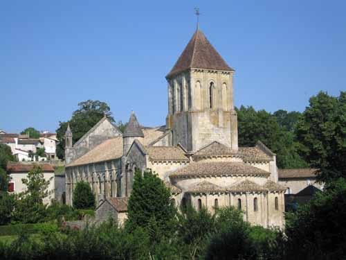 Walking in France: Saint-Hilaire, Melle