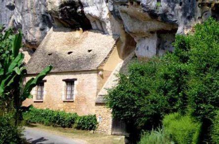 Walking in France: Saint-Cirq