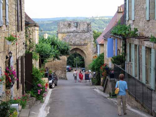 Walking in France: Leaving Domme after dinner