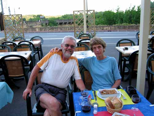 Walking in France: Dinner in Rouffillac