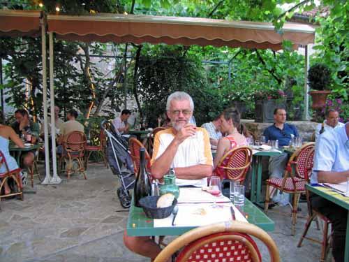 Walking in France: Dinner in Saint-Cirq-Lapopie