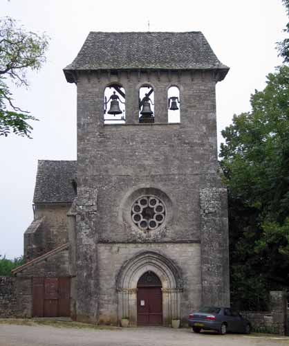 Walking in France: Entrance to the priory at Laramière