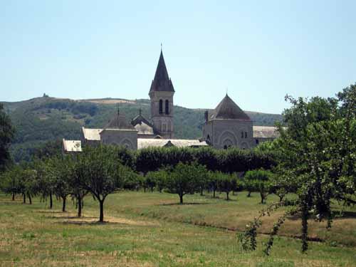 Walking in France: Sainte-Scholastique