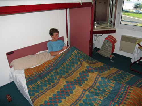 Walking in France: Our first bed in two weeks