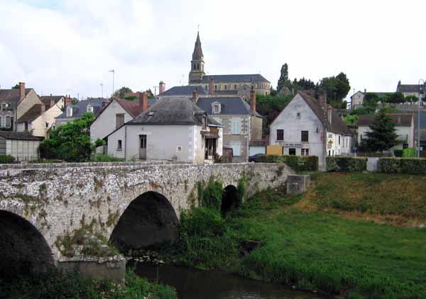 Walking in France: Candé-sur-Beuvron