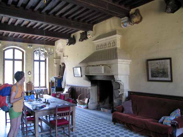 Walking in France: The camping reception in the château