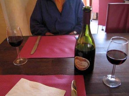 Walking in France: Pre-dinner drinks