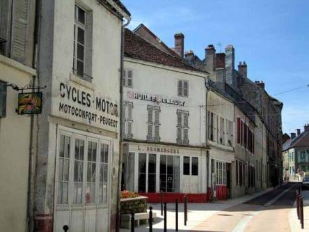 Walking in France: Lormes