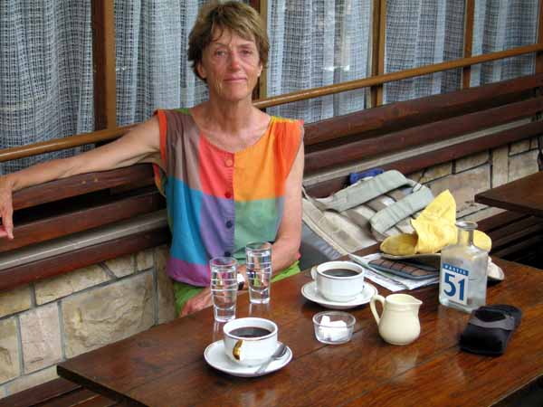 Walking in France: At last, cold drinks and coffees!
