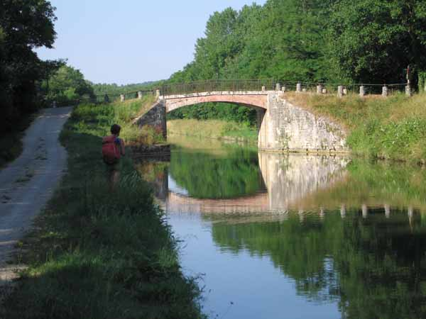 Walking in France: Near Mailly-la-Ville