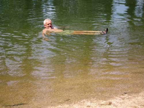 Walking in France: A refreshing swim in the Yonne