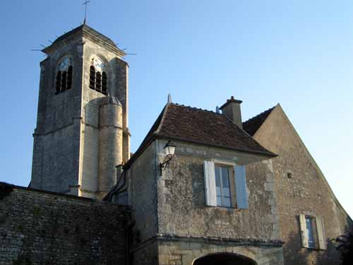 Walking in France: The church of Saint-Potentien, Châtel-Censoir