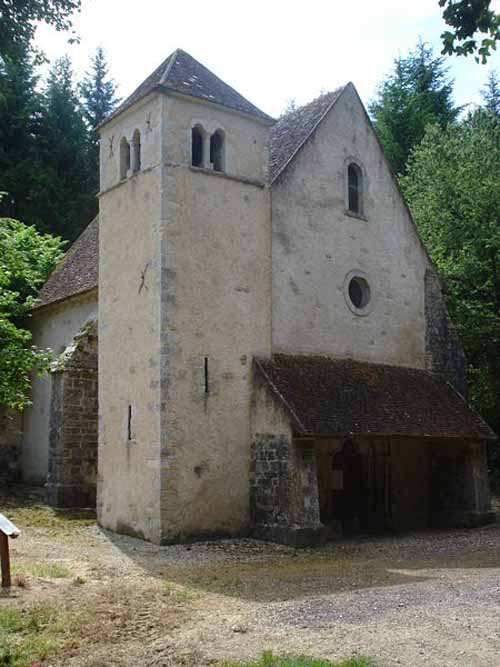 Walking in France: Chapelle of Saint-Lazare, Varzy