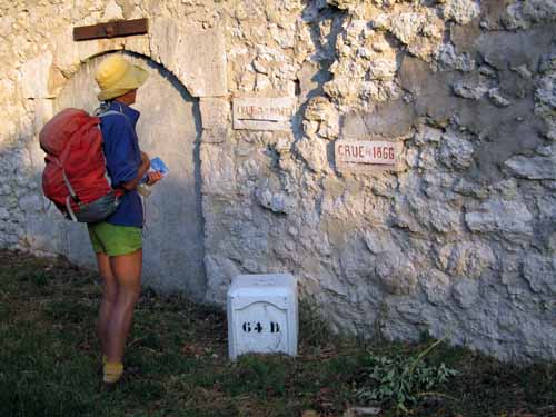 Walking in France: Flood height markers on the château wall