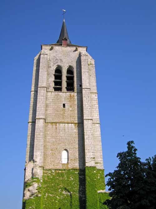 Walking in France: Tower of Saint Firmin, Beaugency