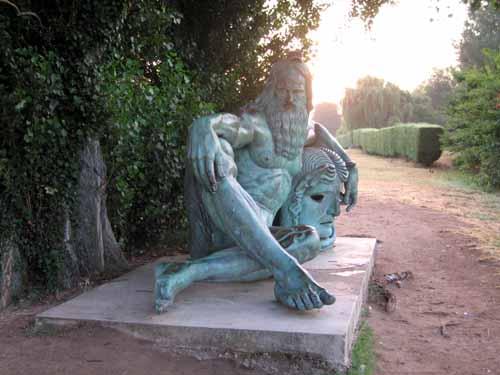 Walking in France: Neptune beside the Loire in the early morning, Amboise